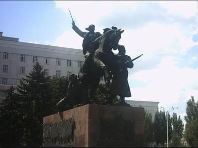 Пвамятник Буденному в Ростове
